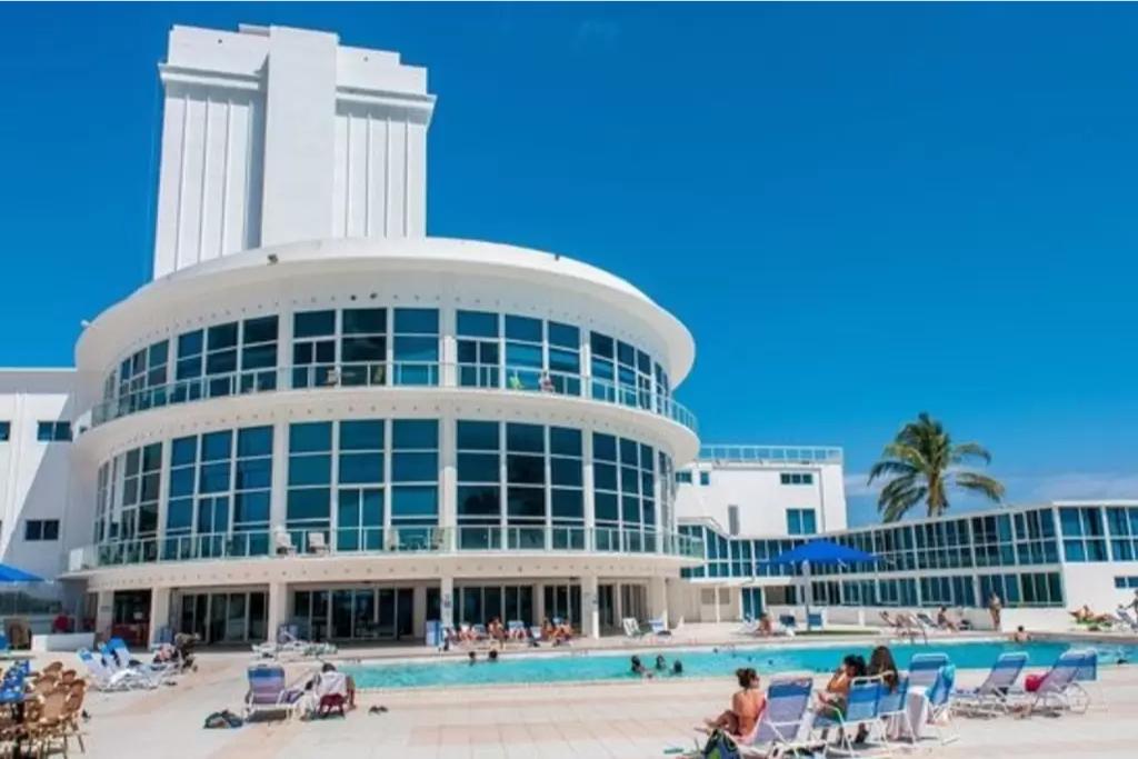 Miami Azul Temporary Apartment Rococoa Cafe Beach The 10 Best Restaurants Near Castle Tripadvisor